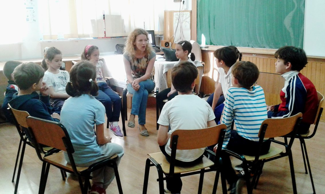 Ethics Education in Romanian Schools: The Value of Training and Continuous Education