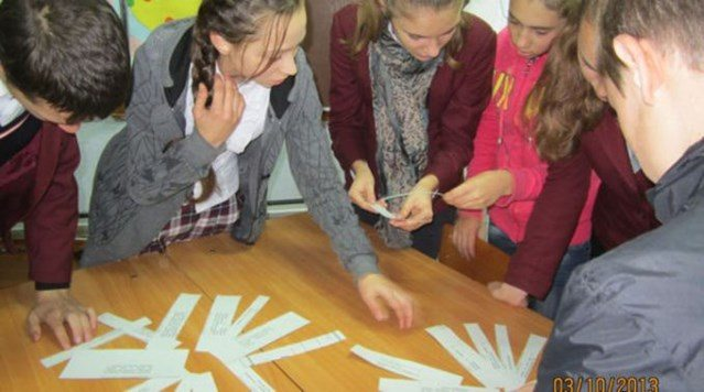 Record number of students sign up for human rights education in Moldova
