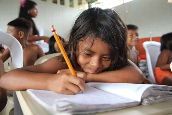 Colombia: Education is key to end the violence